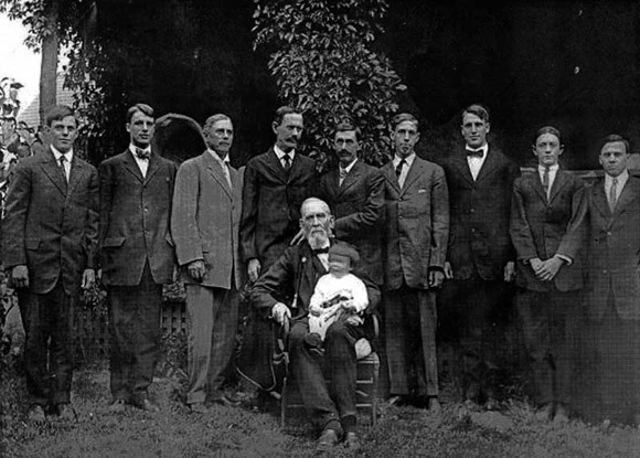 Photohraph of Four Generations of Sintons in Colorado, USA circa 1904
