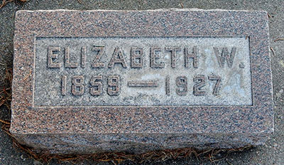 Headstone of Elizabeth Logan (née Walker) 1859 - 1927