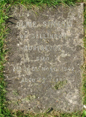 Headstone of Olive Sinton (née Pringle) 1875 - 1942